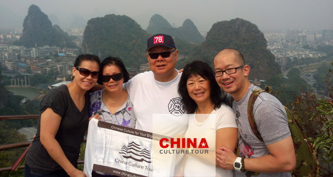 Michelle from America Tailor-made a China Tour to Beijing, Guilin, Hong Kong and Macau.