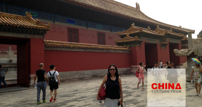 Monique from America Tailor-made a China Tour
