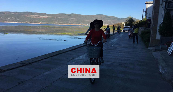 Kunming Dali Shaxi lijiang Shangri La and Deqin tour packages