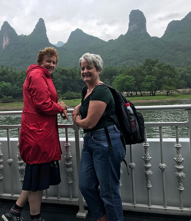 17 Days Hong Kong Guilin Hangzhou and Shanghai Tour Packages
